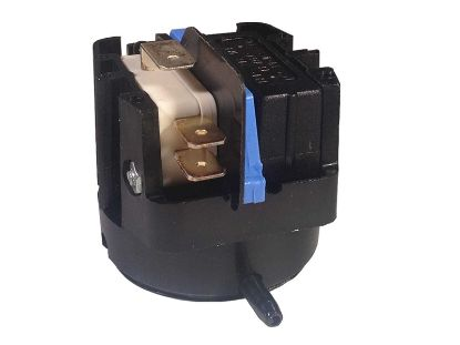 AIR SWITCH: 20AMP SPDT LATCHING RADIAL 6861-A0-U126